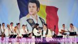 Iuliana Tudor si Ionut Dolanescu in deschiderea Festivalului National Ion Dolanescu